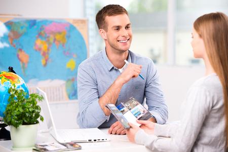 网上一对一英语口语培训哪家好?收费贵吗?该怎样去选择?